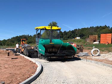 Kispert Bau aus Limbach beim Straßenbau